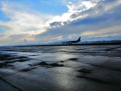 Loza Aeropuerto de Santiago de Chile (FcoMundaca) Tags: avión aeropuerto chile santiago latam despegue