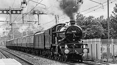 7029 Twyford 15 June 2019 (7) (BaggieWeave) Tags: 7029 br berkshire britishrailways castleclass charlescollett cluncastle gwmainline gwr oxford175 steam steamengine steamlocomotive twyford uk vintagetrains reading england unitedkingdom