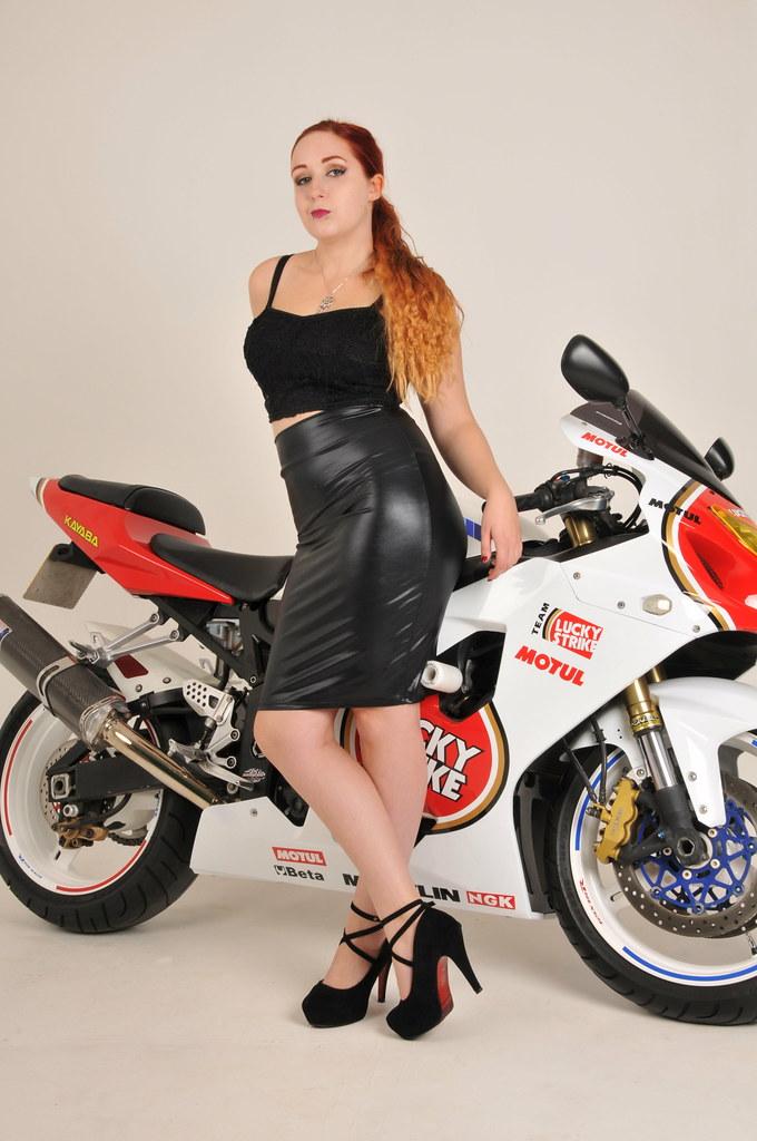 Redhead milf rider