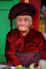 Portrait of an old woman, Kalaw Market (_JLC_) Tags: burma birmania myanmar kalaw asia sudesteasiático retrato portrait canon canon6d eos 6d 5018stm 50mm18 50mm flickrunitedaward
