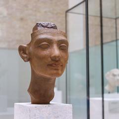 Tête d'une statue de reine (GabianSpirit) Tags: allemagne berlin musée