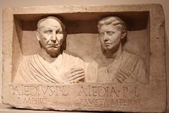 Relief funéraire de Publius Aiedius Amphio et sa femme Aiedia (GabianSpirit) Tags: allemagne berlin musée