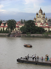 Dakshineshwar Temple, Kolkata, India (Pradipta's_Blog) Tags: kolkata incredibleindia travelphotos mycity hooglyriver cityscape citycommute boatride temple hindu