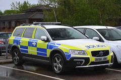 BX66 JDK (S11 AUN) Tags: leicestershire police volvo xc70 d5 anpr traffic car rpu roads policing unit arv armed response vehicle fsu firearms support 999 emergency bx66jdk
