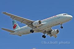 BRB_7867cesn c (b.r.ball) Tags: brball yyz torontopearsoninternationalairport malton aviation jets runway23 cfpdn airbus a320211 aircanada ac132