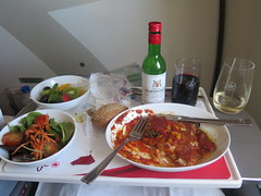 Premium economy lunch (inuitmonster) Tags: aircanadarouge premiumeconomy food flying