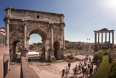 Roman Forum, Rome, Italy (pas le matin) Tags: rome roma italie italy italia travel voyage world europe europa ruines ruins architecture antique antiquité antiquity ancient forumromain fororomano forumromanum temple column colonne sky ciel sun soleil canon 5d 5dmkiii canon5d canoneos5d canoneos5dmkiii eos5dmkiii archoftitus arcdetitus templedesaturne