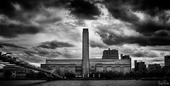 TATE MODERN 2 (Nigel Bewley) Tags: tatemodern artgallery bankside london england uk millenniumbridge riverthames thames sacredriver londonist unlimitedphotos june june2019 nigelbewley photologo sky clouds blackandwhite moody lowkey stormwarning biblical dramatic appicoftheweek