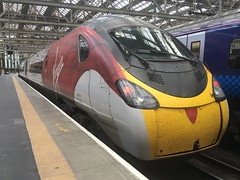 Virgin Trains WC Class 390 (390008) - Glasgow Central (saulokanerailwayphotography) Tags: pendolino class390 virgintrains 390008