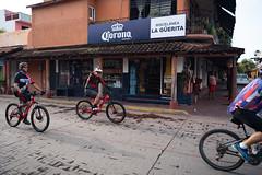 Bike Riders at Pool, Palm Trees, Beach at Zihuatanejo (nan palmero) Tags: sony sonya7riii sonyalpha fullframe zihuatanejo mexico zihua travel visitmexico guerrero