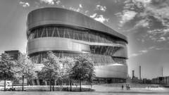 Mercedes Benz Museum Stuttgart (petra.foto busy busy busy) Tags: mercedesbenz stuttgart germany architektur gebäude monocrom museum automobile auto mercedes car fotopetra canon 5dmarkiii