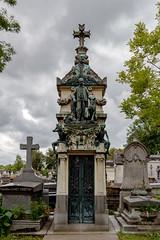 bainery (mym) Tags: pèrelachaise paris fra cemetery tomb bain