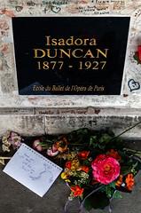 """affectations can be dangerous"" (mym) Tags: pèrelachaise paris fra cemetery tomb"