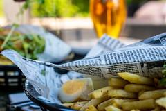 Fish and chips (Maria Eklind) Tags: beer city sweden stockholm dof fishandchips food depthoffield hägersten stockholmslän sverige