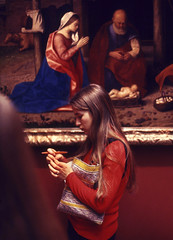 Gallery Girl (eye2eye) Tags: hands gallery museum 35mm kodak ektachrome vintage slide march 1973 girl painting decisivemoment nikon babyjesus contrast contrasts film mary juxtaposition joseph stable