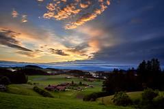RM-2019-365-166 (markus.rohrbach) Tags: projekt365 wetter wolken sonne sonnenuntergang natur landschaft himmel objekt bauwerk siedlung weiler