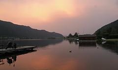 ossiachersee (berber hoving) Tags: avond rood meer lake visser oostenrijk kärnten ossiach