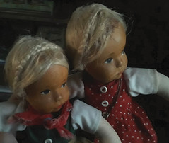Two Ursel Erbs dolls (shero6820) Tags: old vintage dolls germany wood cloth handmade woodenhead toys