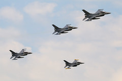 F-16 - Royal Netherlands Air Force (Jarco Hage) Tags: byjarcohage aviation airplane aircraft volkel ehvk netherlands nederland luchtmacht luchtmachtdagen opendag opendagen 2019 afb air force base royal militair vliegbasis basis defensie airbase navo airshow show rnlaf