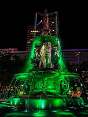 Tyler Davidson Fountain at Fountain Square at Night - Cincinnati OH (mbell1975) Tags: green lime cincinnati ohio unitedstatesofamerica fountain square night oh us usa america lights sq platz place piazza park water waterfountain sculpture statue city tyler davidson
