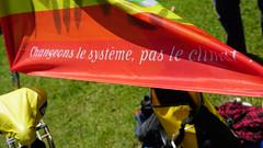 2019-06-15_14-13-25_ILCE-6500_DSC07786 (Miguel Discart (Photos Vrac)) Tags: 2019 49mm belgium bike bru brussels bruxelles bxl cyclonudista e18135mmf3556oss focallength49mm focallengthin35mmformat49mm ilce6500 iso100 manifestation naked nakedbike pancarte ride sign sony sonyilce6500 sonyilce6500e18135mmf3556oss wnbr worldnakedbike worldnakedbikeride