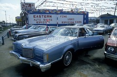 UsedCar_05 (Yatespix) Tags: usedcars usedcardealers usedcarlots carsales detroit