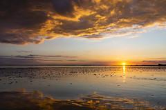 Waarde (Omroep Zeeland) Tags: westerschelde waarde slik wolken wolkenlucht scheepvaart zonsondergang sunset