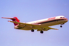 Swissair Fokker 100; HB-IVA@ ZRH;28.05.1995 (Aero Icarus) Tags: zrh zürichkloten zürichflughafen zurichairport lszh plane avion aircraft flugzeug negativescan