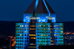 Highmark Place Skyscraper (Fifth Avenue Place Tower), Pittsburgh (Tony Webster) Tags: 120fifthavenue 31story fifthavenue fifthavenueplace highmark highmarkplace pennsylvania pittsburgh downtown healthinsuranceorganization healthcarecompany lighting night skyscraper unitedstatesofamerica