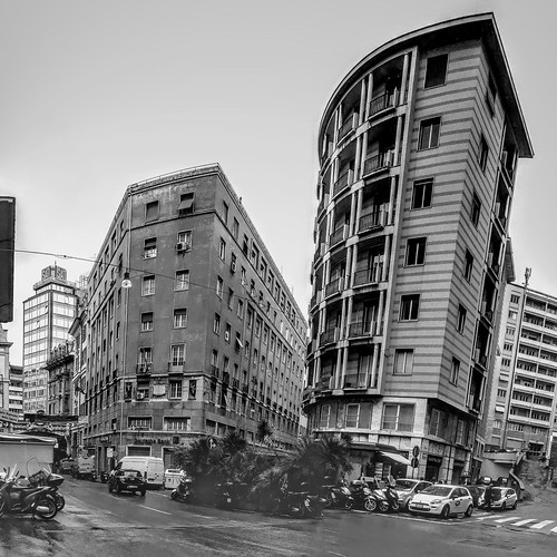 Genova - via Fieschi angolo via Porta degli Archi