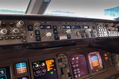 Boeing 777 flightdeck (Angus Duncan) Tags: british airways britishairways boeing777 777 b777 777200 flightdeck flight deck cockpit lights dials switches yoke pilot