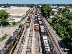 BNSF 9124 | EMD SD70ACe | NS Memphis District West End (M.J. Scanlon) Tags: digital commerce broadway engine cargo container business freight horsepower drone emd intermodal eastmain emptycoal dji jhmx imemn epambtm csxmemphisterminalsubdivision bnsfemhsbkm emhsbkm bnsf9124 bnsfepambtm epambtm020g imemn10 bnsfkharhar emhsbkm116f railroad train landscape track outdoor memphis tennessee transport rail railway trains move transportation locomotive merchandise mojo scanlon railfan logistics railfanning railroader sd70ace quadcopter tower17 q530 kharhar up8384 sd70ah rwsx nsmemphisdistrict upimemn mavic2zoom mavic2 nsmemphisdistrictwestend millercoal mnlnv upmnlnv mhsbkm scherercoal up8986 mnlnv09 kharhar05s westend westmain ©mjscanlon ©mjscanlonphotography