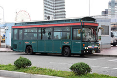 Kobe City Bus 645 (Howard_Pulling) Tags: kobe bus buses japan japanese