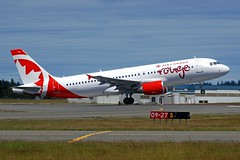 C-GFCH@Victoria 10Jun19 (Spotter Tim - 2) Tags: cgfch airbus a320 aircanada aircanadarouge victoria