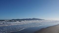 Kapiti Island (Maurice Grout) Tags: wellington newzealand northisland kapitiisland kapiticoast qe2park beach sea