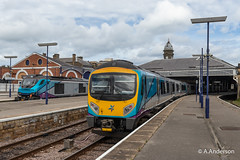 185117 20190530 Scarborough (steam60163) Tags: scarborough class185 transpennineexpress transpennine class68 68032