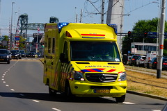 Ambulance Zuid-Holland-Zuid, Roepnummer: 18-187 (1996martijn1996) Tags: new flower volkswagen truckshow emergency eindhoven departement mercedes vehicle department metro center medical chevrolet trein fire firetruck chief utrecht rotterdam amsterdam torpedo nature police officer sprinter ambulance maasvlakte transporter transport truck trucks train tram car york air bird port airport light audi bus building schiphol scania london volvo daf