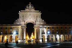 Nuit à Lisbonne (hans pohl) Tags: portugal lisbonne architecture bâtiments buildings façades nuit night