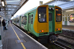 Southern 313208 (Will Swain) Tags: station 5th january 2019 hove train trains rail railway railways transport travel uk britain vehicle vehicles england english europe south southern 313208 313 208