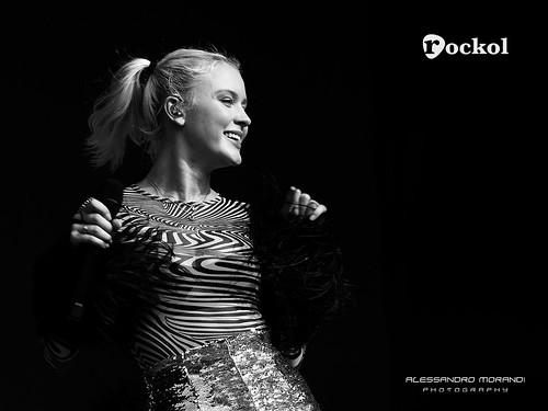 Zara Larsson fan photo