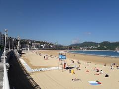 Comienza la afluencia a las playas (eitb.eus) Tags: eitbcom 4066 g1 tiemponaturaleza tiempon2019 gipuzkoa donostiasansebastian pakokastellanos