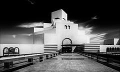 * Museum für Islamische Kunst * (antonkimpfbeck) Tags: orient2019 museumfürislamischekunst doha qatar architektur monochrome bw fujifilm