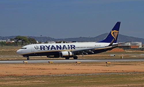 EI-FOF B737-800 Ryanair Faro 13-04-2019