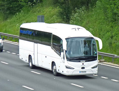 YT19ECE (47604) Tags: irizar yt19ece bouden bus coach castle vale
