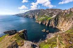 """Slieve League Cliffs"" (Gareth Wray - 12 Million Views, Thank You) Tags: foot bunglass bunglas carrick slieveleague slieve tours league cliffs sea cliff summer boat landscape landmark way tourist attraction tourism tour historic history visit nikon nikkor 1424mm wide lens wild atlantic donegal ireland irish scenic gareth wray photography day vacation 2019 hill thatched stone lost grass manfrotto"