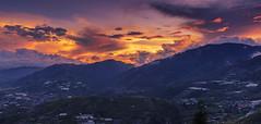Sunset, burning sky. (Andy @ Pang Ket Vui ( shootx2 )) Tags: sky burning cloud sunset golden sabah borneo kundasan view dream world resort
