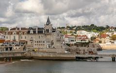 Cascais, Portugal (Bela Lindtner) Tags: cascais lisboaregion portugal portugália lindtnerbéla belalindtner nikon d7100 nikond7100 nikkor 18105 nikkor18105 nikon18105 outdoor outside sky bluesky clouds architecture buildings building