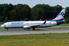 TC-SNO // SunExpress // Boeing 737-8HC(WL) (Martin Fester - Aviation Photography) Tags: tcsno sunexpress boeing7378hcwl 737800 737 b737 boeing737800 hamburg hameddh hamburgairport ham hamburgfuhlsbüttel helmutschmidtflughafen eddh aviation avgeek aviationlovers airplane aircraft aviationphotography plane flickraviation planespotting flickrplane aviationdaily aviationgeek aviationphotograph planes aircraftspotter avgeekphoto airbuslover aviationspotters airplanepictures planepicture worldofspotting planespotter planeporn aviationpic aviationgeeks aviationonflickr aviation4you aeroplanes