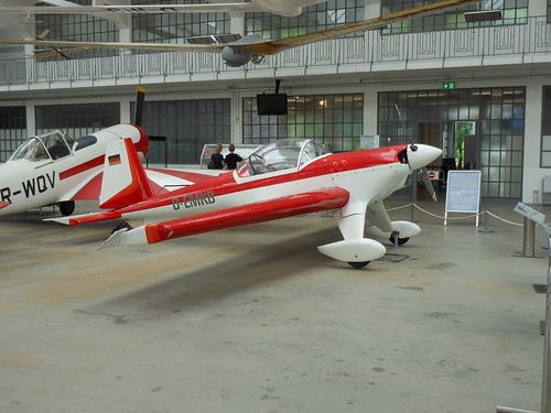 Hi 27 Acrostar Mk II D-EMKB [DSCN6859]