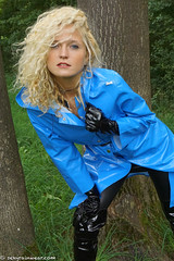 Baby blue turning adult hot (27 pics) (sexyrainwear_dot_online) Tags: raincoat rainwear pvc vinyl lack regenmantel regenjacke